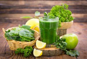 Grüner Detox-Smoothie